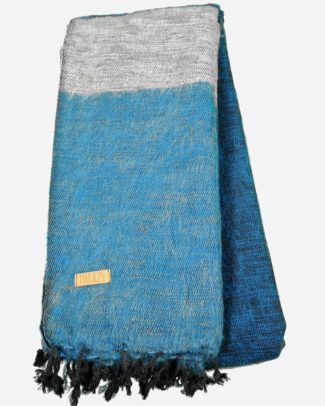 Geborstelde katoenen sjaal omslagdoek blue zand Texelse Schapenboet