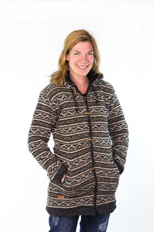 Gebreid schapenwollen damesvest multi design in de kleuren antraciet bruin grijs en ecru Texelse Schapenboet