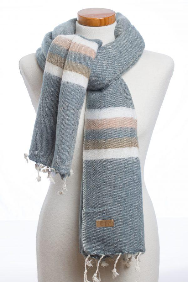 Texelse Schapenboet sjaal omslagdoek jeans-blauw met kaki streep Puur Nepal