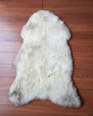 Schapenvacht wolwit gemêmeleerd Texelse Schapenboet sheepskin schaffell